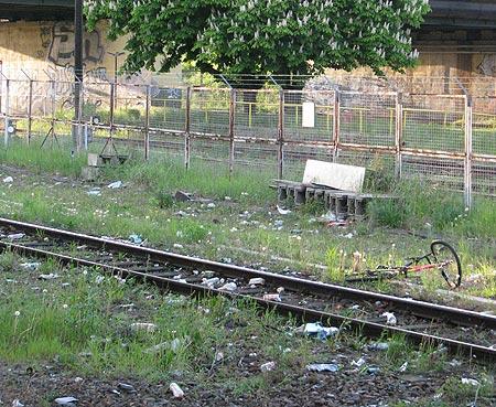 Müll an der Warschauer Brücke