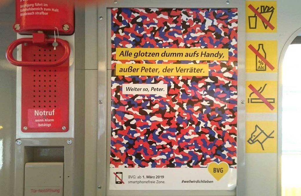 BVG-Plakat zur handyfreien Zone